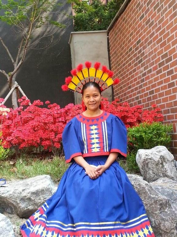 1Luda Egbalic in Talaandig dress, FB.jpg